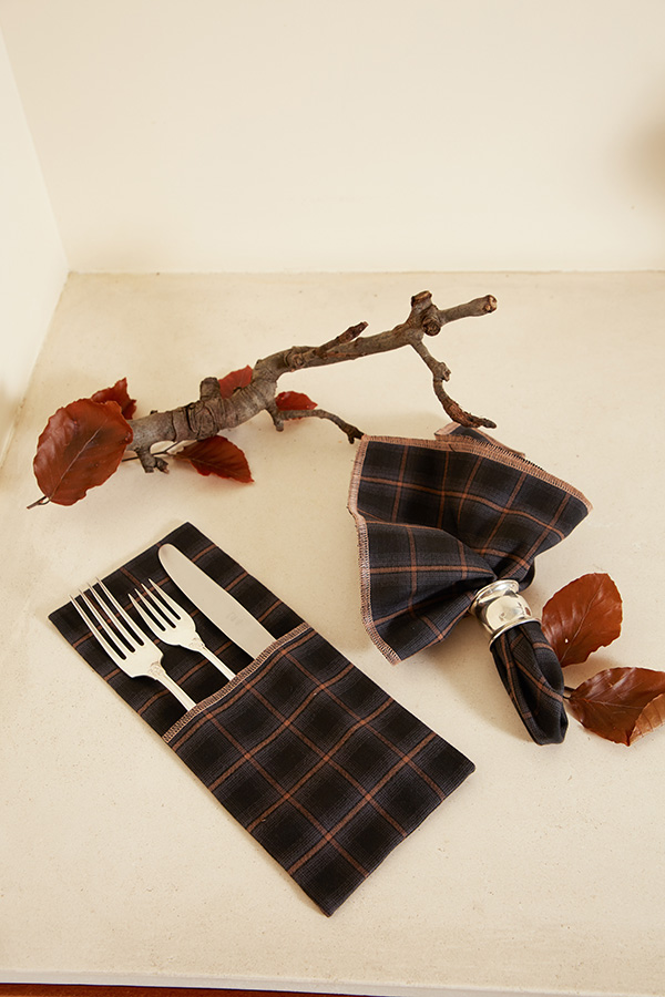checkered napkins, tableware, kage brand dubai, fashion trust arabia